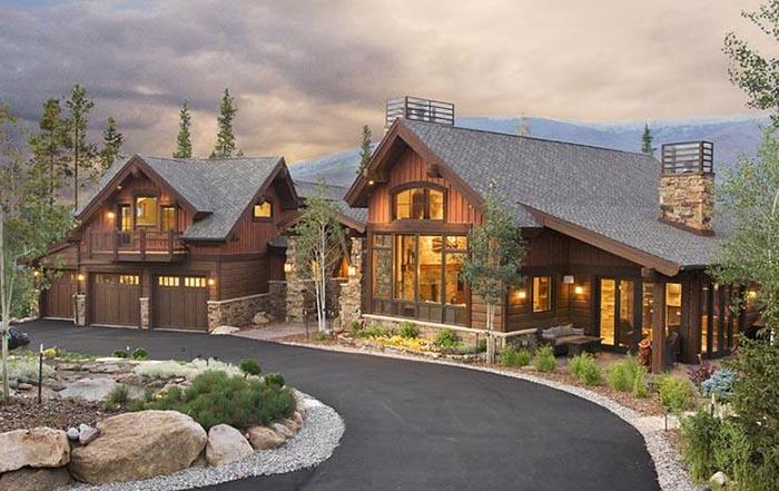 拿大人用木头建房?